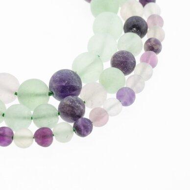 Fluoritas, natūralus, C kokybė, matinis, apvali forma, žaliai violetinė spalva, 37-39 cm/gija, 4, 6, 8, 10, 12 mm