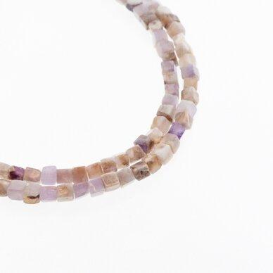 Gėlėtasis ametistas, natūralus, AB kokybė, rankiniu būdu apipjaustyta kubo forma, rudai violetinė spalva, 37-39 cm/gija, 4 mm