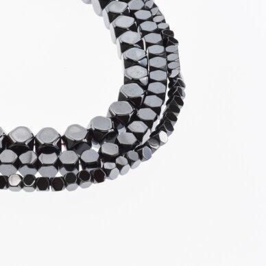 Hematitas, regeneruotas, apipjaustyto kubo forma, juoda spalva, 39-40 cm/gija, 1.5x1.5, 2x2, 3x3, 4x4, 6x6, 8x8 mm