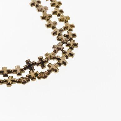 Hematitas, regeneruotas, briaunotas kryželio forma, ruda spalva, 39-40 cm/gija, 6x6, 8x8 mm