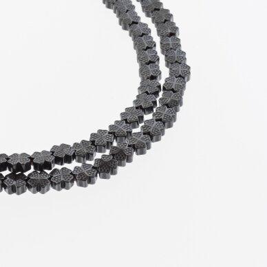 Hematitas, regeneruotas, dobilo-kryžiaus forma, juoda spalva, 39-40 cm/gija, 8x8 mm
