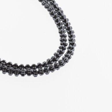 Hematitas, regeneruotas, gėlės-žibinto rondelės forma, juoda spalva, 39-40 cm/gija, 4x3 mm