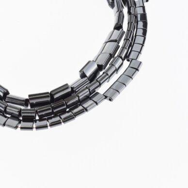 Hematitas, regeneruotas, išgaubto kvadrato forma, šoniniai išėmimai, juoda spalva, 39-40 cm/gija, 5, 7, 9 mm