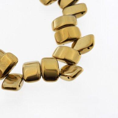 Hematitas, regeneruotas, išgaubto stačiakampio forma, dvi skylutės, tamsaus aukso spalva, 39-40 cm/gija, 5x2x2 mm