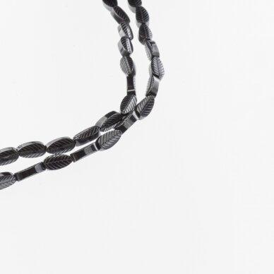 Hematitas, regeneruotas, išraižyto lapelio forma, juoda spalva, 39-40 cm/gija, 4x8 mm
