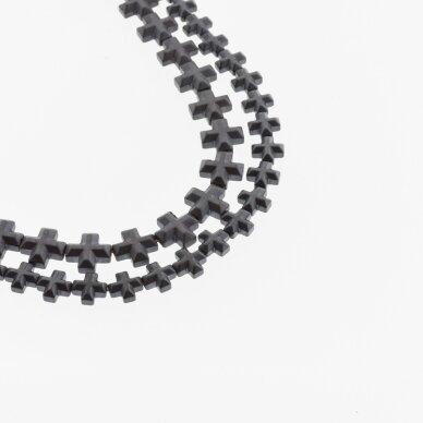 Hematitas, regeneruotas, matinis, briaunotas kryželio forma, juoda spalva, 39-40 cm/gija, 6x6, 8x8 mm