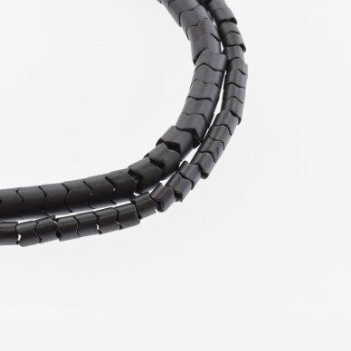 Hematitas, regeneruotas, matinis, dantračio rondelės forma, juoda spalva, 39-40 cm/gija, 5x5, 7x5 mm
