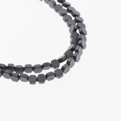 Hematitas, regeneruotas, matinis, plokščio šešiakampio forma, juoda spalva, 39-40 cm/gija, 3x5, 4x4, 4x6, 4x8 mm