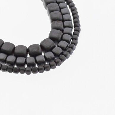Hematitas, regeneruotas, matinis, suapvalinto kubo forma, juoda spalva, 39-40 cm/gija, 2, 3, 4, 6, 8 mm
