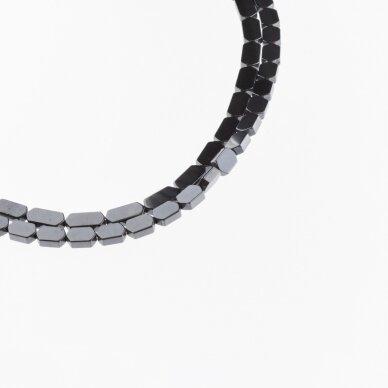 Hematitas, regeneruotas, plokščio šešiakampio forma, juoda spalva, 39-40 cm/gija, 3x5, 4x4, 4x6, 4x8 mm 2
