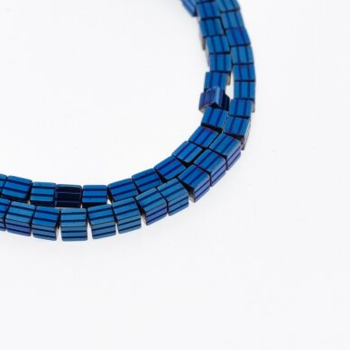 Hematitas, regeneruotas, raižyto kubo forma, mėlyna spalva, 39-40 cm/gija, 3.5 mm