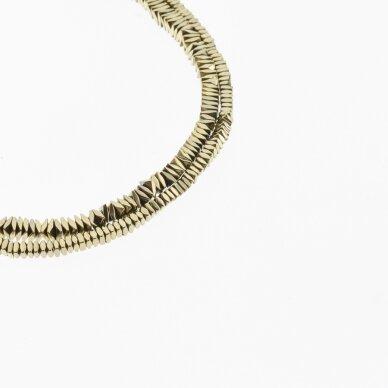 Hematitas, regeneruotas, sulenkto kvadrato rondelės forma, Chaki aukso spalva, 39-40 cm/gija, 2x1, 3x1, 4x1 mm