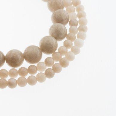 Kinų baltas žadeitas, natūralus, dažytas, apvali forma, #16 smėlio spalva, 37-39 cm/gija, 6, 8, 10, 12 mm