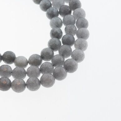 Kinų baltas žadeitas, natūralus, dažytas, briaunuotas, apvali forma, #05 pilka spalva, 37-39 cm/gija, 6, 8, 10, 12 mm